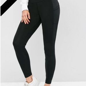 High-Waisted Skinny Pocket Leggings (Black)